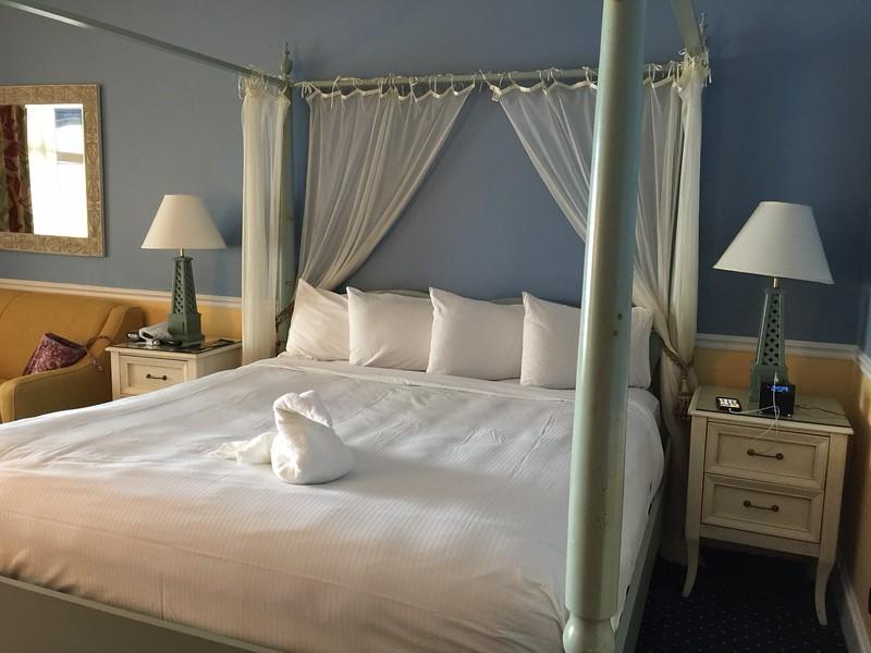 Daytona Beach Shores Hotel Room-2.JPG