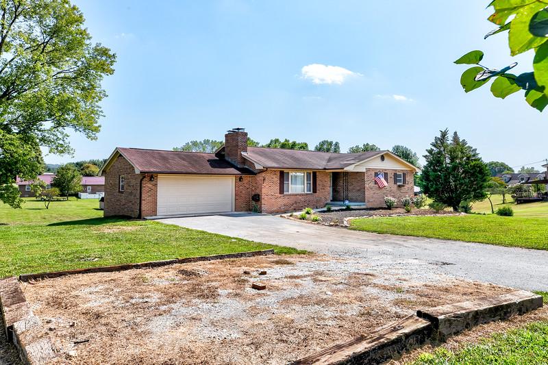 678 Old Middlesboro Hwy-3.jpg