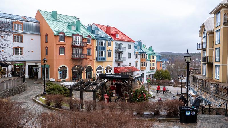 Mont-Tremblant-Quebec-Pedestrian-Village-01.jpg