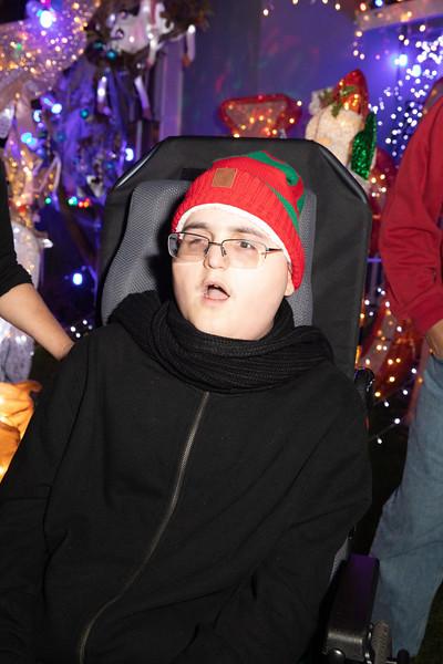 12-08-19-Christmas With Chris & Family-71.jpg