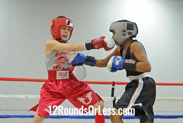 Bout 33=D Davis(Detroit, MI) -vs- Z Bartrum(Chesapeake, OH)