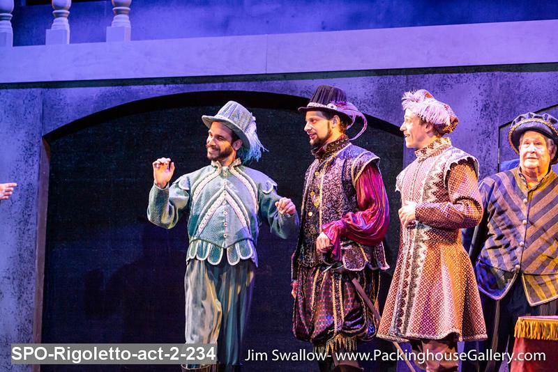 SPO-Rigoletto-act-2-234.jpg