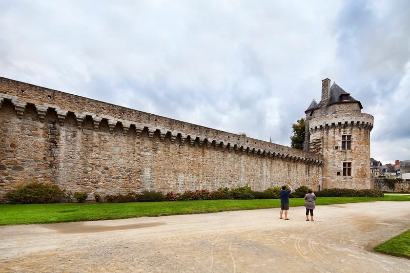 Battlements and Constable's Tower, town of Vannes, departament de Morbihan, Brittany, France