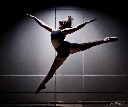 2011 Nov Tampa Shoot- Dancer