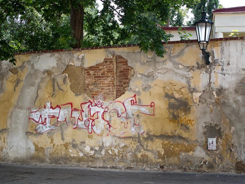 12-06Jun-Prague-Graffitti-10.jpg