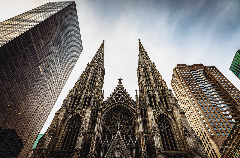 jorge-sarmiento-video-photography-new-york-city-st-patrick-church.jpg