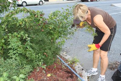 TBA, Cleaning North Railroad Street Parking Lot, Tamaqua (9-26-2011)
