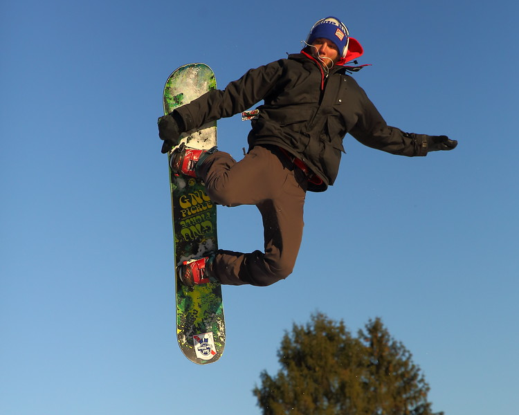 Dane Adams - Snow Trails, Big Air D21A3451 2019-2-9.JPG