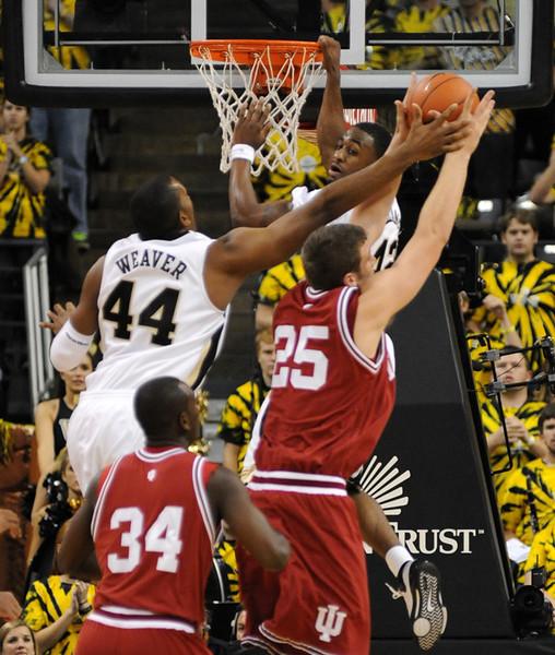 Weaver-Williams rebound.jpg