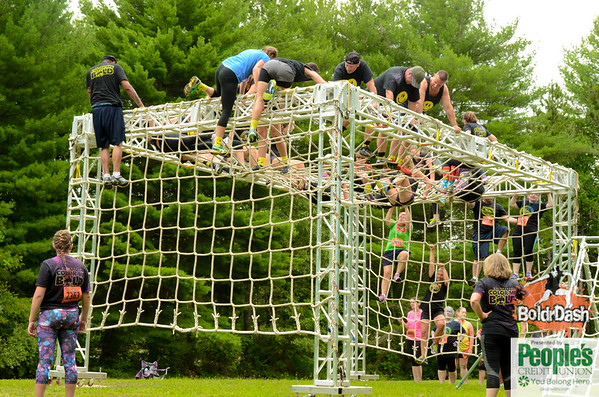 9:00 - 10:00 Obstacles and Runners