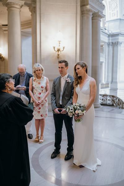 2018-10-04_ROEDER_EdMeredith_SFcityhall_Wedding_CARD1_0191.jpg