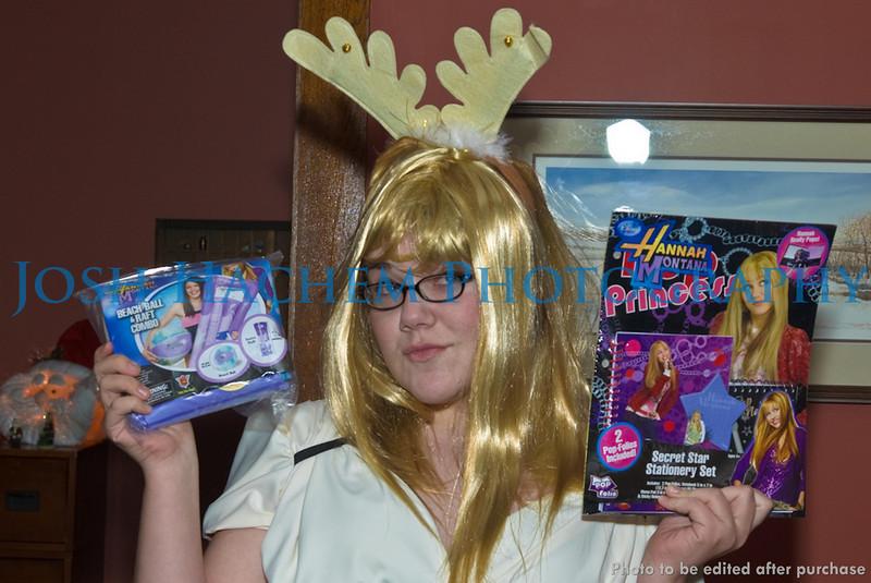 12.12.2008 KKPsi and TBS Christmas Party (163).jpg