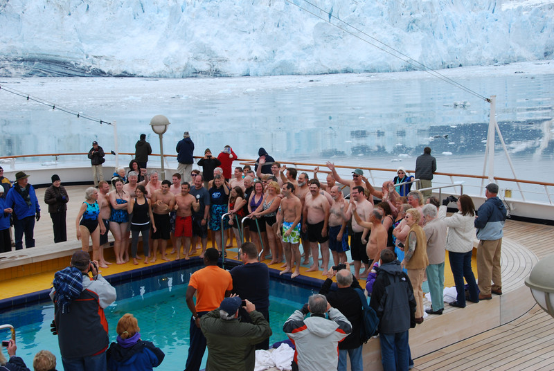 Everyone gathered for the polar bear plunge