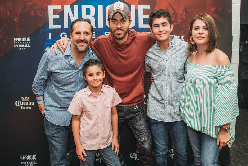 Enrique m&g Chicago