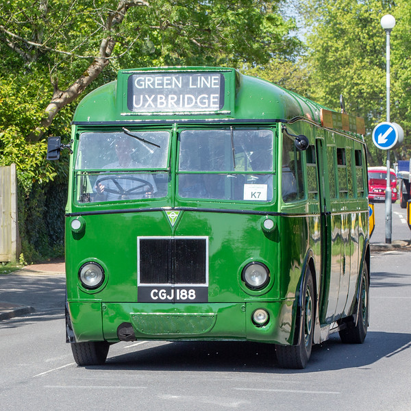 CGJ188 London Transport Q83
