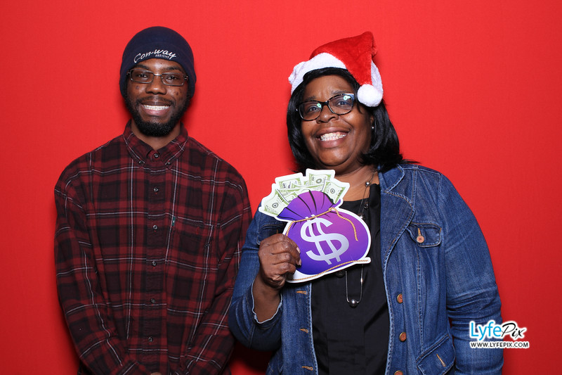 eastern-2018-holiday-party-sterling-virginia-photo-booth-0045.jpg