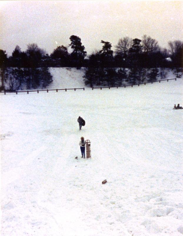 1987 12 05 - Sledding at Timberline Park 012.jpg