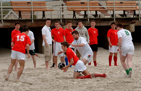 2007-05-19 Gaelic Beach Football, Long Beach, Cork Boston won.