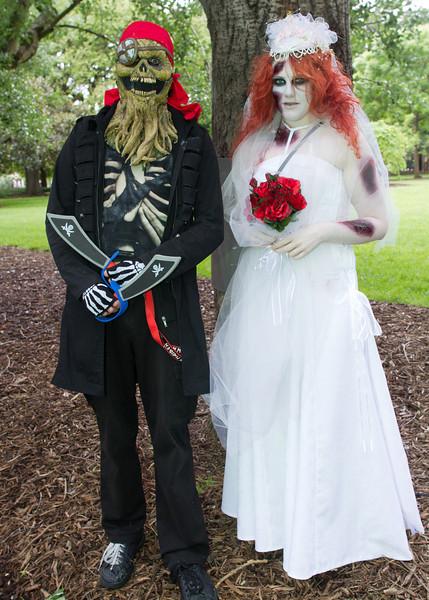 Wedding couple at Carlton Gardens