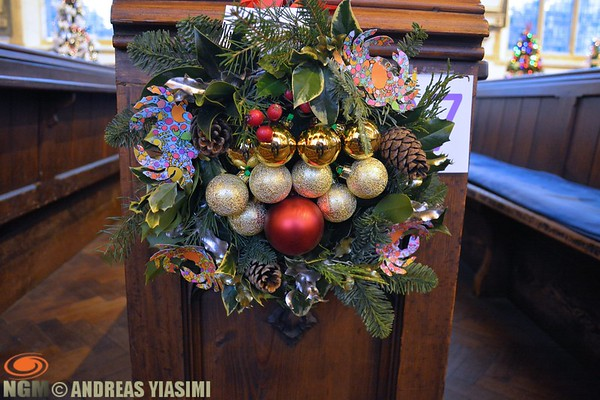 Nativity, wreath and tree festival