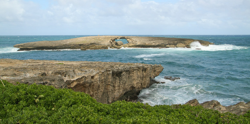 Sea arch at La'ie Point, Oahu