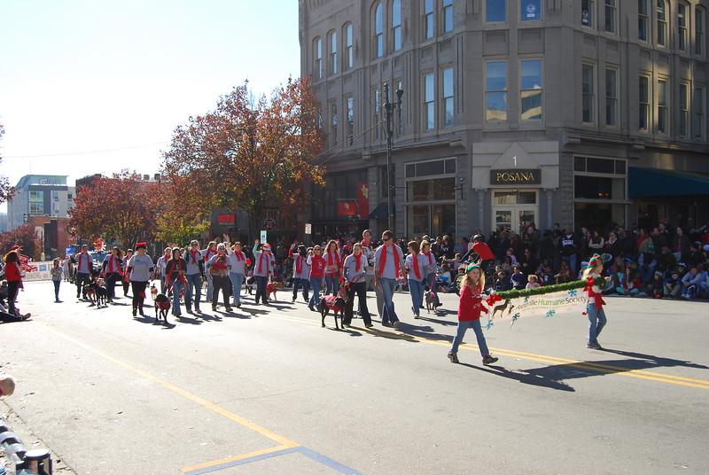 Parade 541.jpg