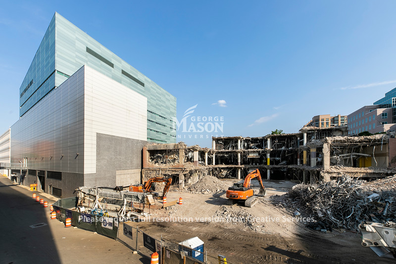 Demolition on the exterior of the old Kann's Department Store to make way for George Mason University's Arlington campus expansion.  Photo by:  Ron Aira/Creative Services/ George Mason University