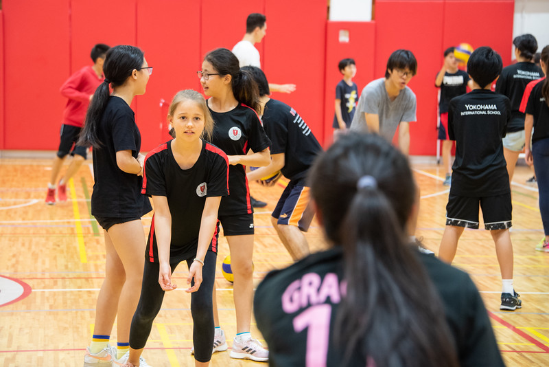 PE Leadership-Gr12 and Gr6 Volleyball Workshops-YIS_2543-2018-19.jpg