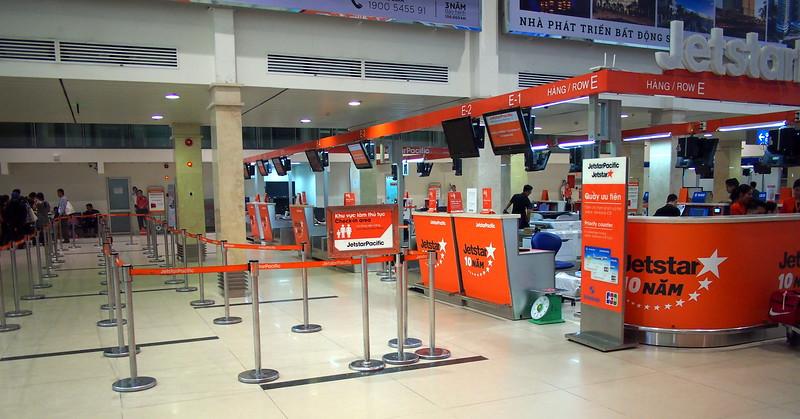 P6253600-jetstar-domestic-check-in.JPG
