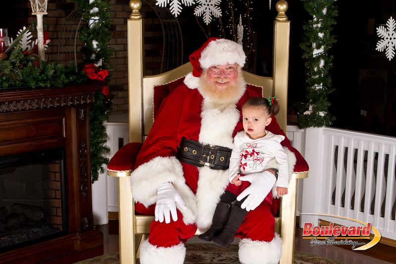 Santa Dec 15-286.jpg