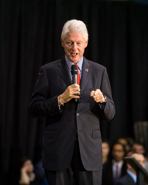 President Bill Clinton @ TCNJ 5-13-2016-27.jpg