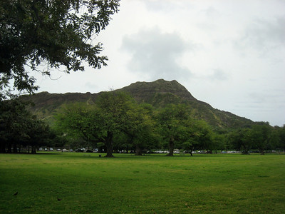 Diamond Head Road, Lighthouse, and Trail Scenes April 2009