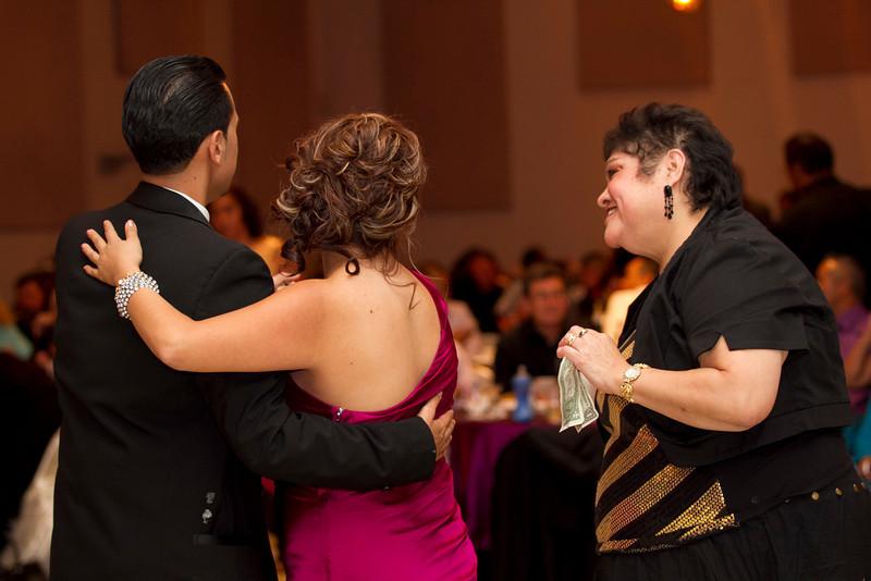 2011-11-11-Servante-Wedding-511.JPG