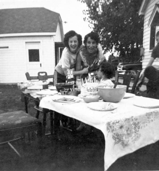 Aunt Donna and Aunt Julia joking around.JPG