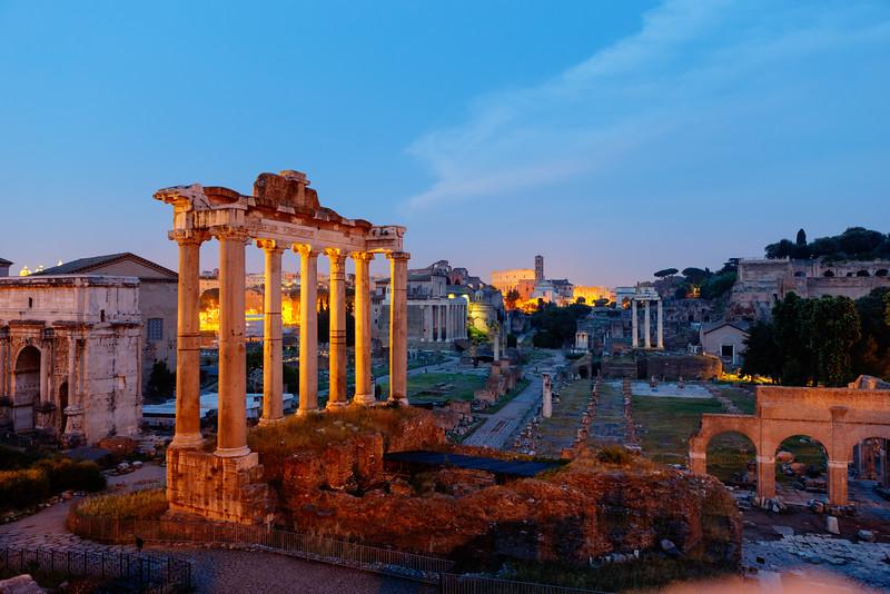 2015.06.07 Rome 0135 HDR.jpg