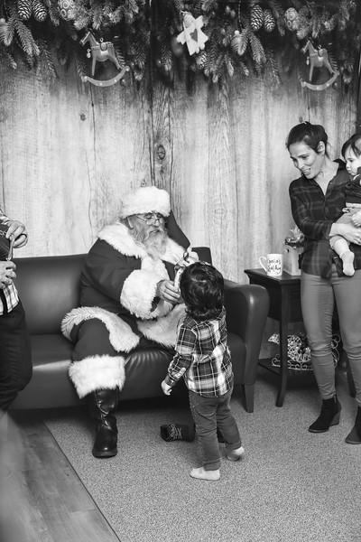 Ameriprise-Santa-Visit-181202-5017-BW.jpg