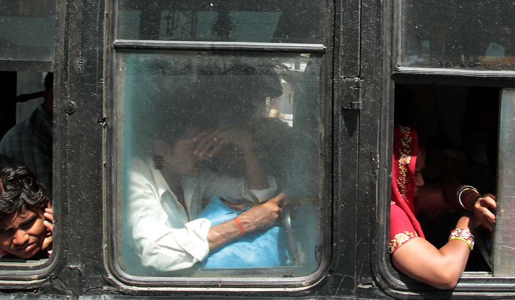 . Traveling from Delhi to Pardada Pardadi School. Shmuel Thaler/Sentinel