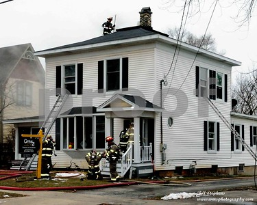 3805 MAIN ST. MCHENRY STRUCTURE FIRE