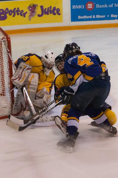 20130310 QWHockeyvsUBC 674.jpg