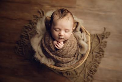Luca M Newborn