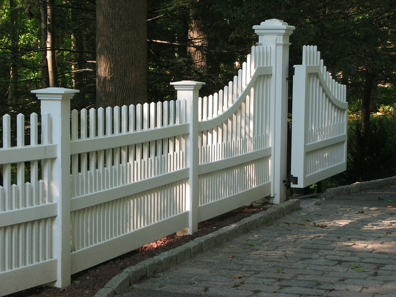 259946 - 190 - New Canaan CT - Westchester with Gate