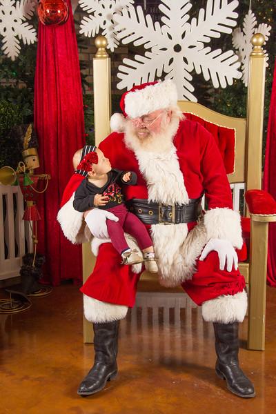 Santa 12-16-17-167.jpg