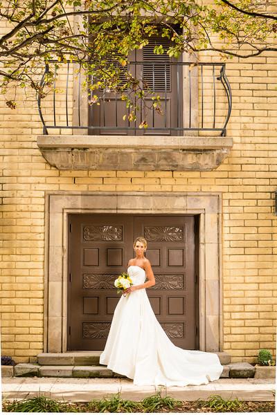 Pinzel Bridals - Thomas Garza Photography-154.jpg