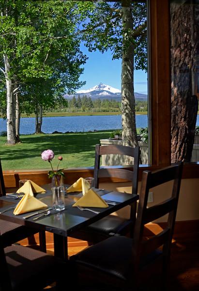 dining_black-butte-ranch_Lodge-restaurant_Mt.Washington_060112_KateThomasKeown_DSC6620-2.25 copy.jpg