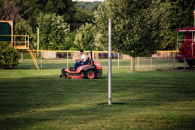 Grass Cutter Left