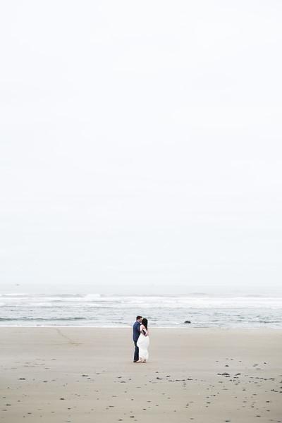 SaritaTom_Beach-21.jpg