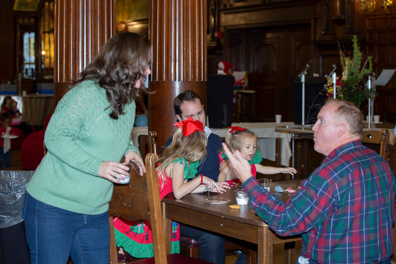 0341 FC Staff & Family Christmas Party-Hird,J.jpg