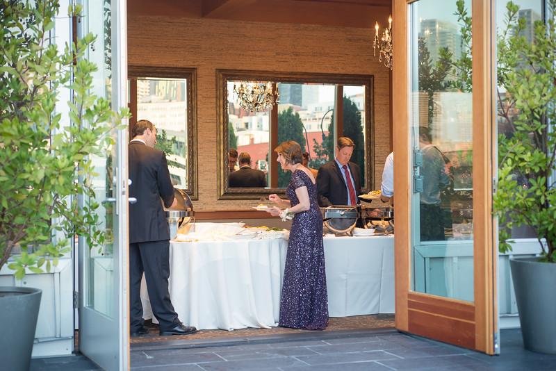 edgewater-hotel-seattle-waterfront-wedding-carol-harrold-photography-30.jpg