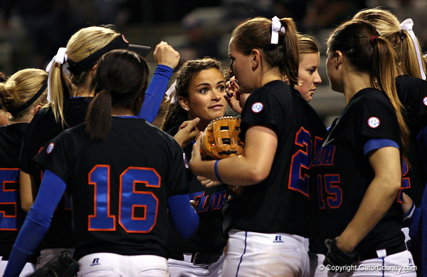 Photo Gallery: UF Softball vs. Pacific and USF, 2/27/09