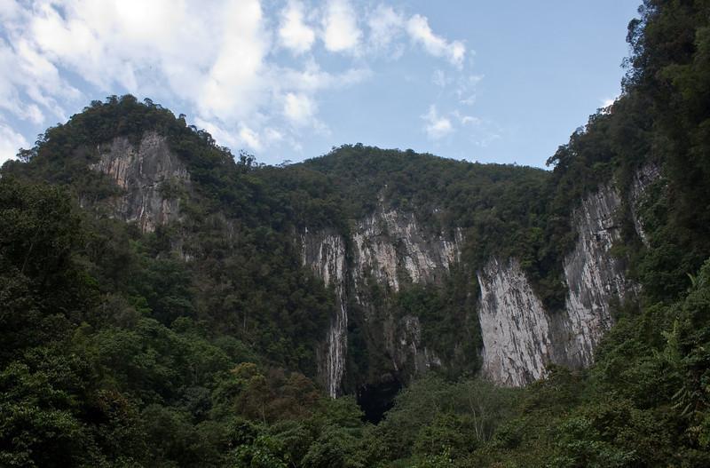 Deer Cave entrance